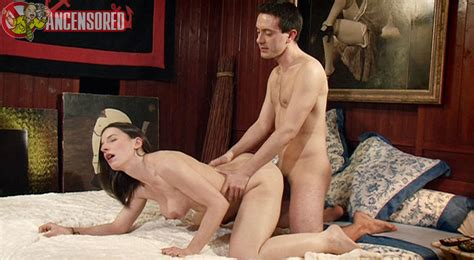 Nackte Amélie Jolie In Sex Stories