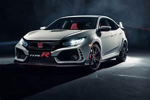 Honda Civic R : new honda civic type r revealed in pictures by car magazine ~ Medecine-chirurgie-esthetiques.com Avis de Voitures
