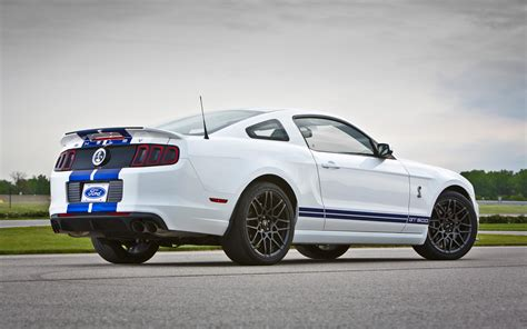 2018 Ford Shelby Gt500 Rear Three Quarters Photo 2