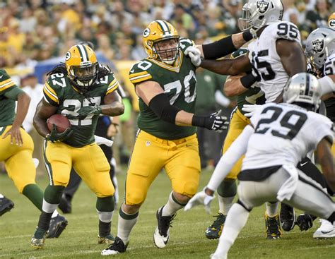 green bay packers  agency shifts packers draft