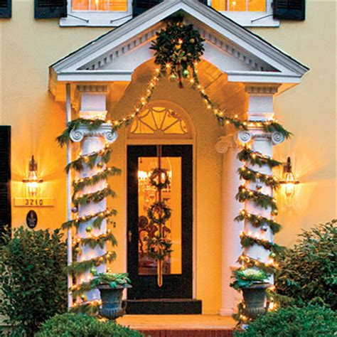 how to decorate a column wrap columns with garland play up the architecture of your home b pin xmas