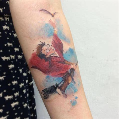 tatouage harry potter aquarelle  tatouages pour celles
