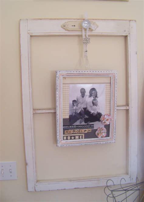 Alte Bilderrahmen Dekorieren by Using Window Frames To Decorate She Jami Or So She