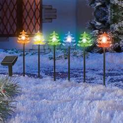 solar power color changing tree light stakes