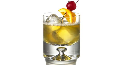whiskey cocktails must mix super bowl whiskey cocktails