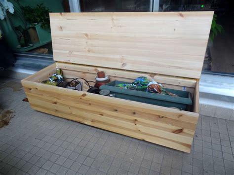 comment faire un coffre fort fabriquer un banc coffre diy banc coffre les outils de jardinage et outils de jardinage