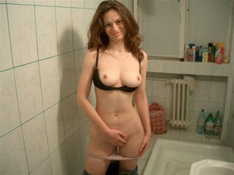 Inappropriate Nude Mom Amateur