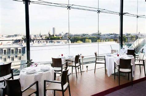 la maison blanche restaurant la maison blanche un restaurant perch 233 sur les toits