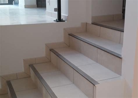 escalier int 233 rieur avec nez de marche synth 233 tique lechevrel carrelage
