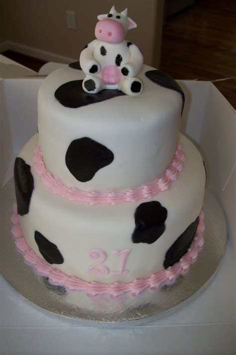 birthday cakes cow cakes decoration ideas little birthday cakes