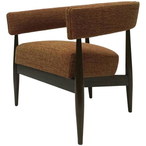 comfortable midcentury office chair in the style of nana
