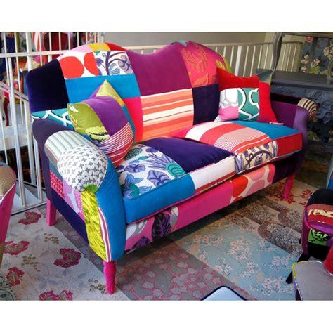 canapé lit en anglais canapé baroque en patchwork de squint ltd décoration