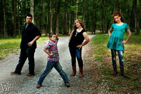 images  family   poses  pinterest