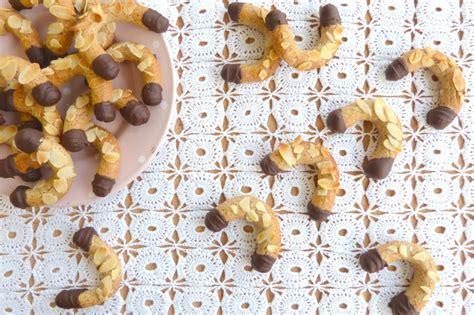 la cuisine de micheline croissants aux amandes la cuisine de micheline