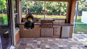 Creative outdoor kitchens big green egg creative outdoor for Big green egg outdoor kitchen