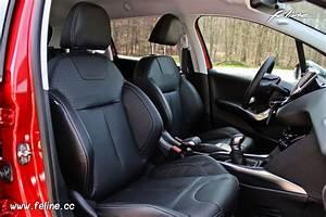 Interieur Peugeot 2008 Allure : photo si ges avant cuir peugeot 2008 allure 1 2 puretech 110 photos peugeot 208 2008 ~ Medecine-chirurgie-esthetiques.com Avis de Voitures