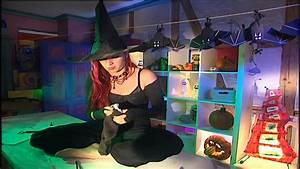 Gruselige Halloween Deko Selber Machen : basteln mit kindern f r halloween halloween deko diy selber machen youtube ~ Yasmunasinghe.com Haus und Dekorationen