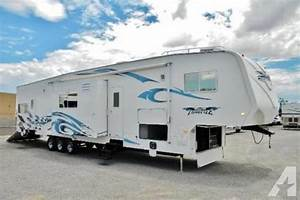 2008 Weekend Warrior Full Throttle Toy Hauler For Sale In