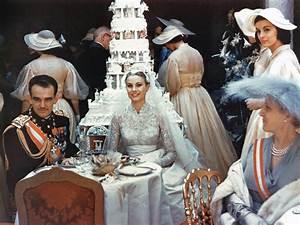Grace Kelly Beerdigung : grace kelly 39 s wedding to prince rainier private family photos ~ Eleganceandgraceweddings.com Haus und Dekorationen