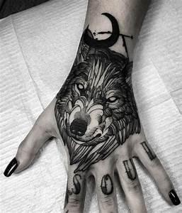 Loup Tatouage Signification : tatouage loup et t te de loup mod les et signification en images id e tatouage pinterest ~ Dallasstarsshop.com Idées de Décoration