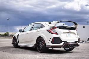 Honda Civic Type R Type R White Edition : official championship white type r picture thread 2016 honda civic forum 10th gen type r ~ Medecine-chirurgie-esthetiques.com Avis de Voitures
