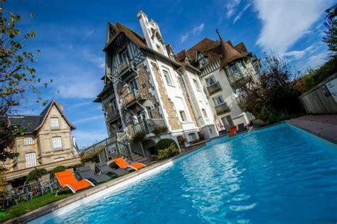 hotel avec dans la chambre deauville augeval hotel deauville normandy hotel