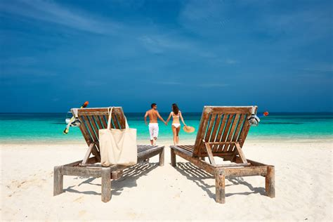 great beach items  buy   summer vacation