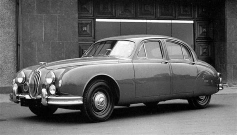 Jaguar Mk1 2.4 (1955-1959) specifications | Classic and ...