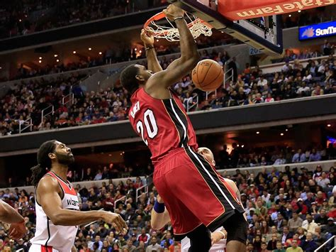 video greg oden dunked     nba game