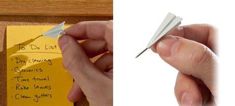 paper airplane push pins  green head