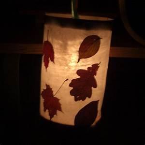 Mit Blättern Basteln : martinslaterne mit getrockneten bl ttern kreativ mit kind ~ A.2002-acura-tl-radio.info Haus und Dekorationen