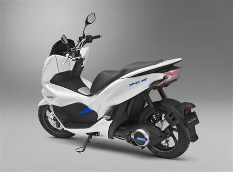 honda pioneer  ev  electric pcx scooter  swap