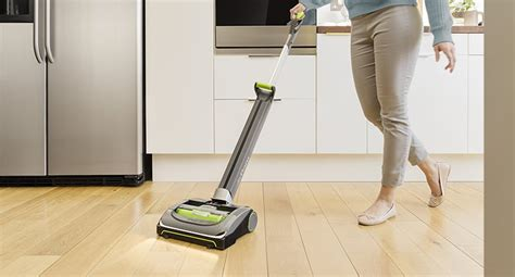 Comparing The Best Vacuums For Your Hardwood Floors 2018 Black Lacquer Spray Paint Furniture Painting Kitchen Units Does Wash Off Clothes What Type Of For Plastic Rustoleum Reviews How To Apply High Heat Gloss Use Aerosol