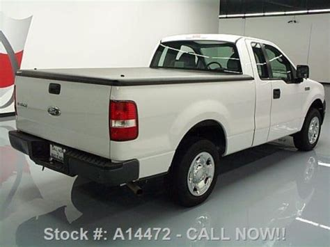 2006 Ford f150 bed cover