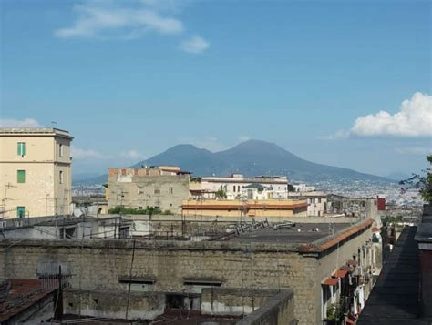 Appartamento Vendita Terrazzo by Appartamento Con Terrazzo A Napoli Cambiocasa It