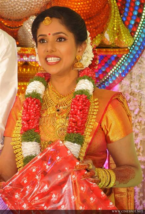 actress karthika murali photos murali daughter karthika wedding photos 13
