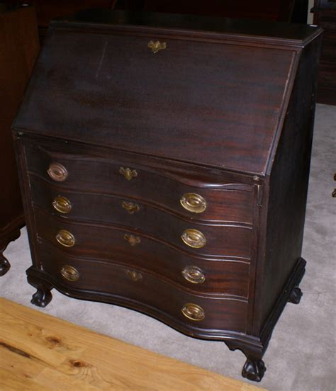 governor winthrop desk value solid mahogany serpentine front governor winthrop desk for