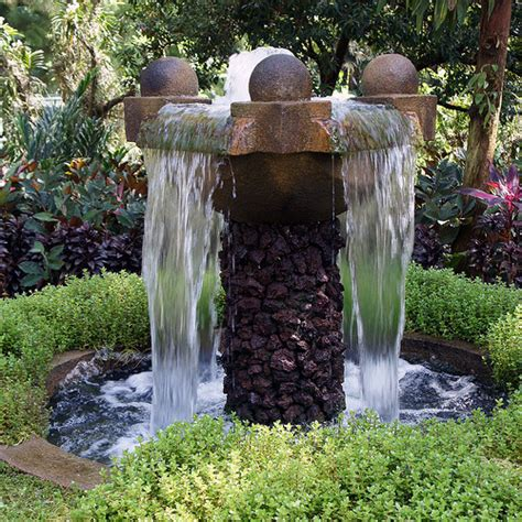 backyard water fountains outdoor pictures and ideas