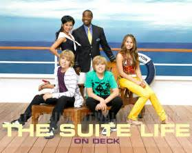 watch the suite life on deck season 1 online free on