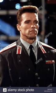 RED HEAT (1988) ARNOLD SCHWARZENEGGER RHT 024 Stock Photo ...