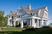 shingle style homes Willow Decor: A Coastal Dream by Catalano Architects