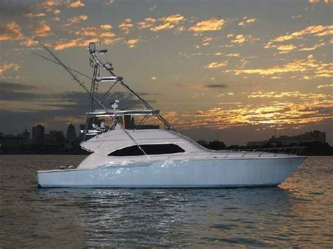 bertram  boats yachts  sale