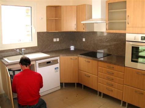 installation hotte cuisine installer une hotte de cuisine dootdadoo com idées de