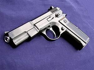 Guns & Weapons: Cool Guns Wallpapers #3  Gun