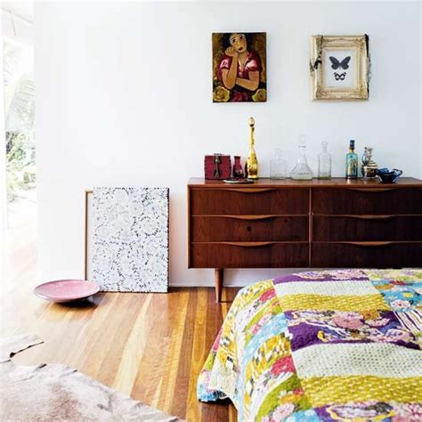 Bedroom Sideboard by Bedroom Sideboard Take A Tour Around A Tropical Aussie