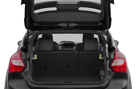 ford focus hatchback iii 2014 - Auto-Database.com