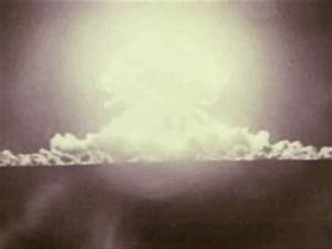 Atomic Bomb Vintage GIF - Find & Share on GIPHY