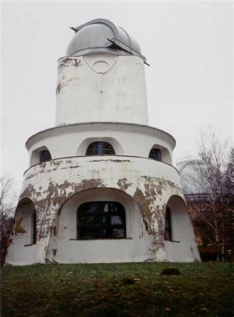 einstein tower potsdam mendelsohn building  architect