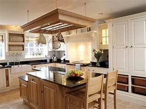 Fitted Kitchens - The Bespoke Furniture Company