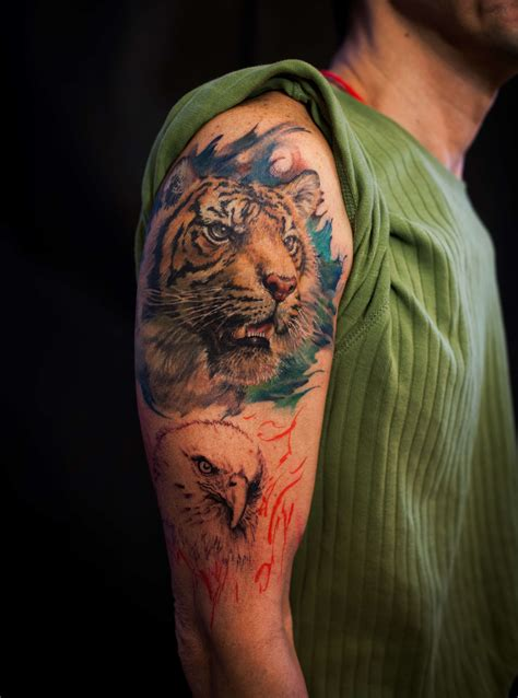 shoulder colour tiger portrait tattoo chronic ink